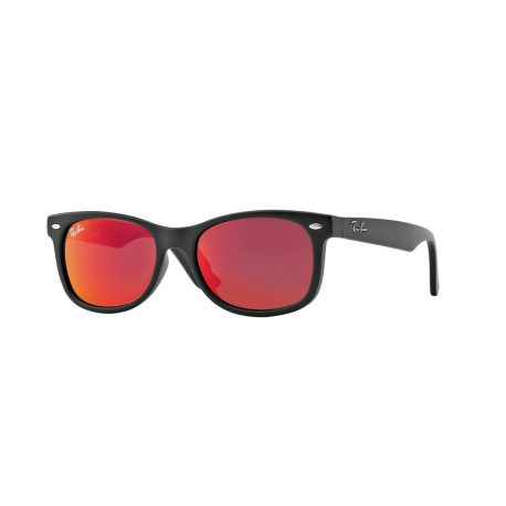 Ray-Ban Junior RJ9052S Junior New Wayfarer 100S6Q | Montatura: nero opaco | Lenti: rosso multistrato