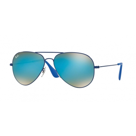 Ray-Ban RB3558 9016B7 | Frame: electric blue | Lenses: blue gradient mirror