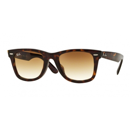 Ray-Ban RB2140F Wayfarer 902/51 | Frame: tortoise | Lenses: crystal brown gradient